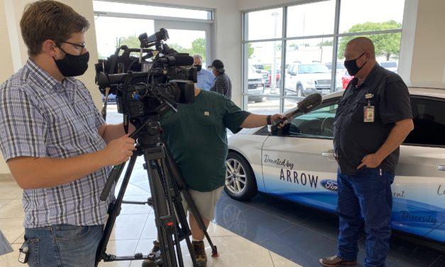 Arrow Ford donates car to AISD CTE program