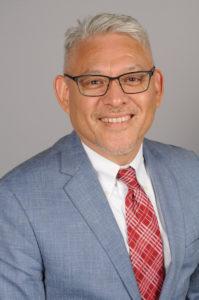 Dr. Gustavo Villanueva